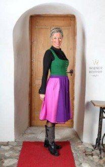 Regina Wienerroither im Ausseer Lodendirndl Stretchdridnl