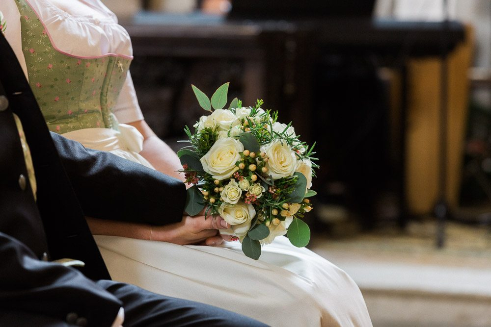 Brautpaar vor dem Altar - Foto: Dorelies Hofer