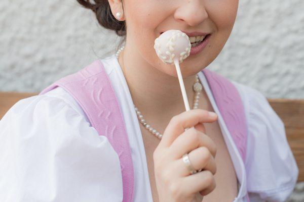 Dirndlhochzeit im Salzkammergut Cakepop