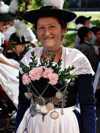 Miesbacher Tracht