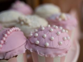 Verträumter Luxus in Tracht - Cupcakes