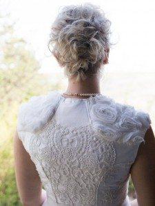 Luxus in Tracht - Rückenansicht Brautdirndl Tian van Tastique