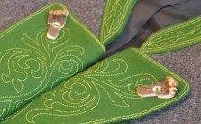 Gamsfrackl - aus grauem Loden mit grünem Besatz