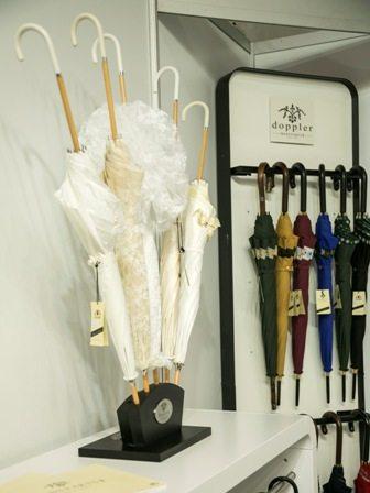 Schirme in unterschiedlichen Variationen
