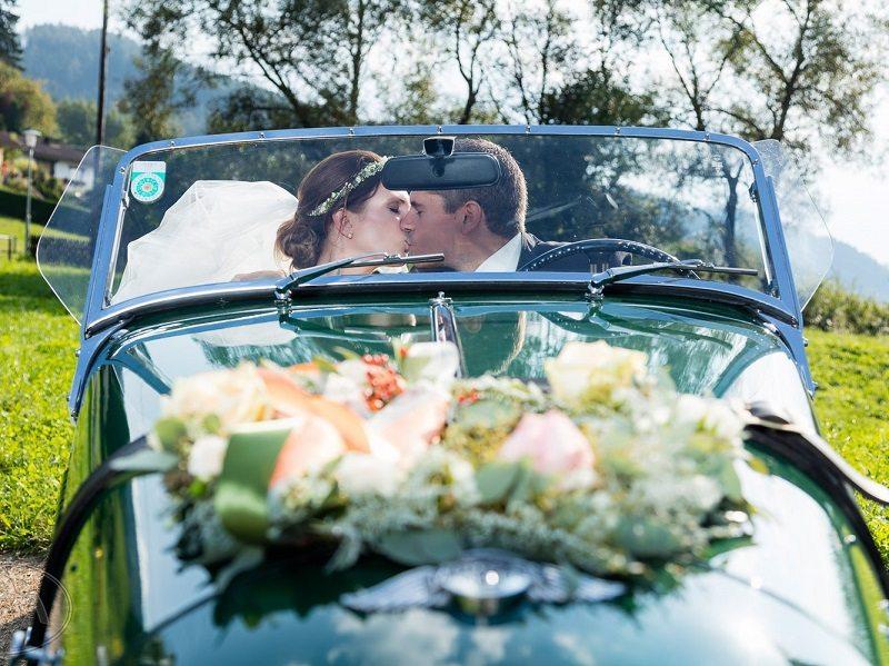 Brautauto Hochzeit mit rustikalem Chic