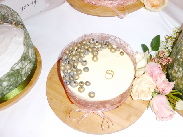 Trachtenhochzeit mit rustikalem Chic Hochzeitstorte