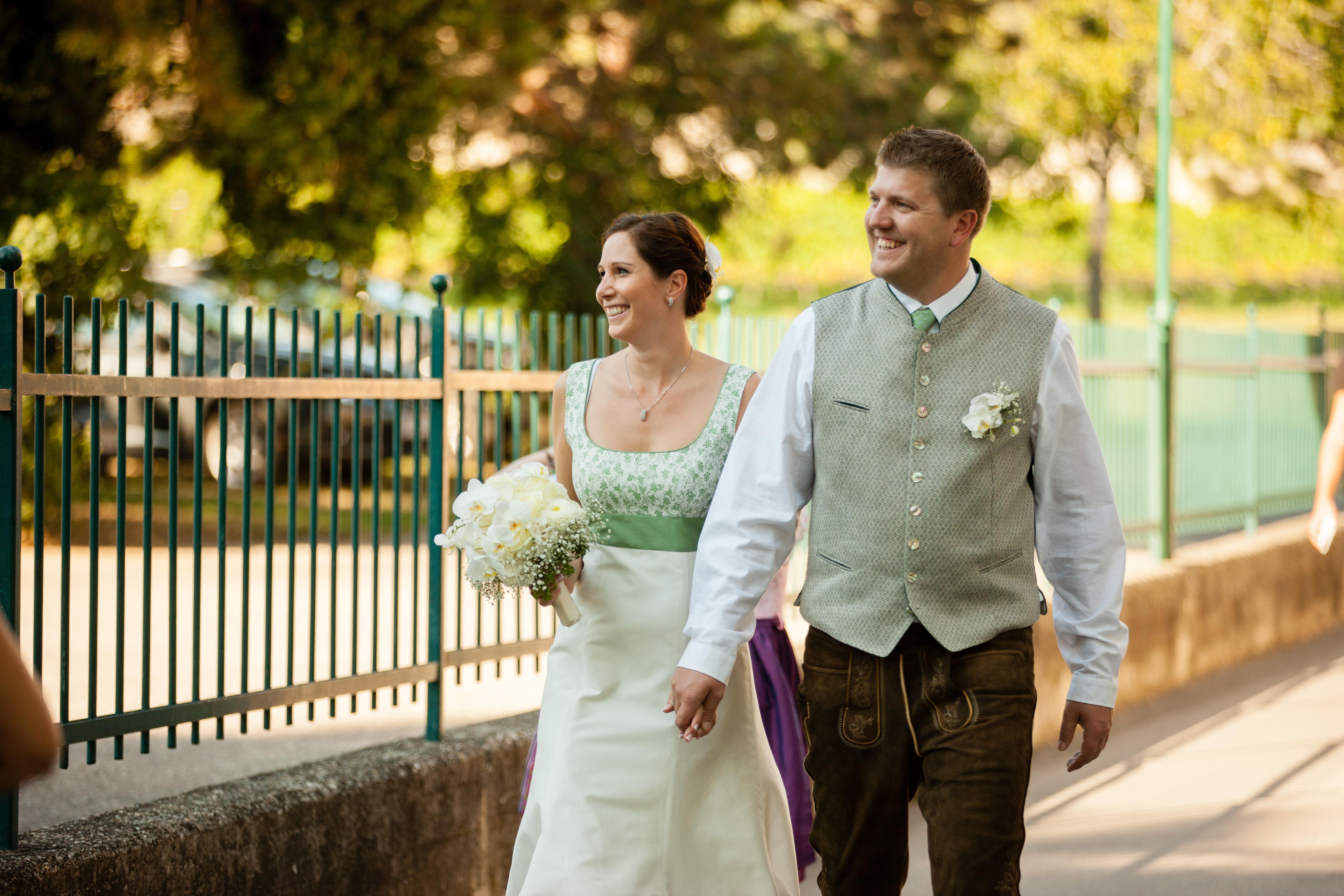 Trachtenhochzeit Im Weissen Kleid Trachtenbibel