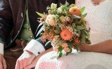 Der perfekte Brautstrauß für die Trachtenhochzeit