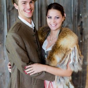 Styled Shooting Trachtenhochzeit Rustikale Eleganz Brautpaar