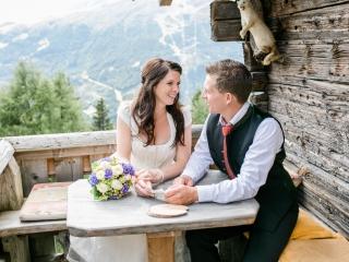 Brautpaar auf der Alm