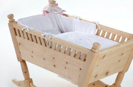 Babywiege aus Zirbenholz
