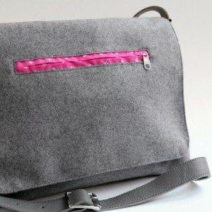 Messenger Bag von Mondschein Design