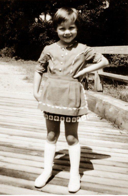 Doris Kiefhaber in ihrem Glücksdirndl