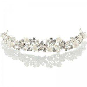 Diadem mit Glitzersteinchen und Perlen für die Trachtenhochzeit