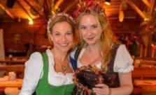 Niki Osl miss lillys hats und ihre Blumenkränze