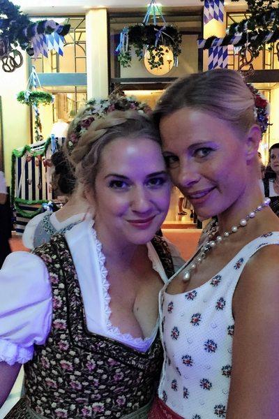 Gloria Hundsberger (r) mit Niki Osl