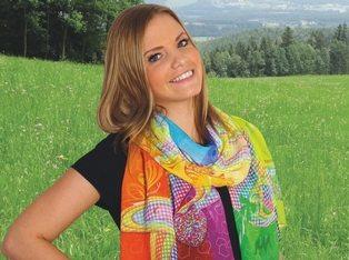 Alexandra Maxa Wien Tuch