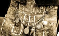bayerische Lederhose Tracht