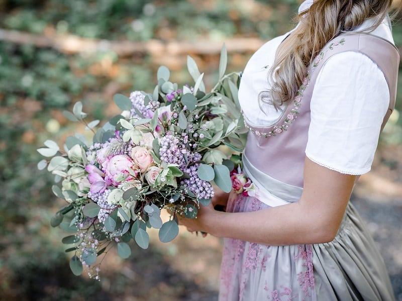 Brautstrauß Trachtenhochzeit Oberstorf