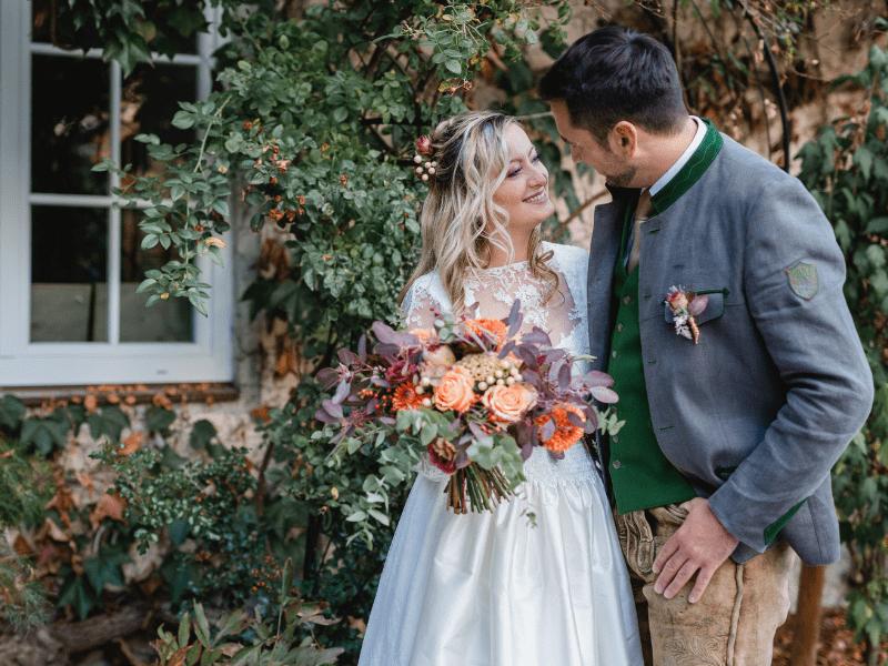 Tracht Trifft Auf Boho Romantik Brautpaar