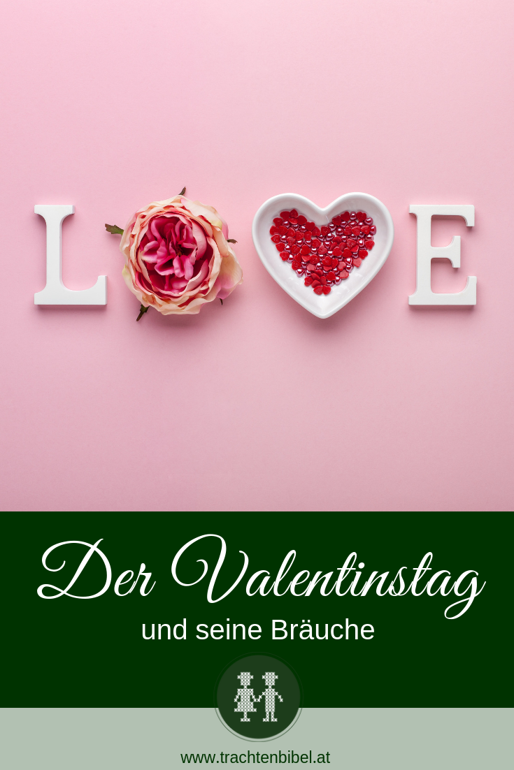 Pin mit Love Buchstaben Valentinstag
